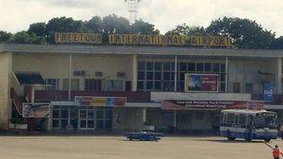Aéroport de Lungi à Freetown, en Sierra Leone. (Wikipedia)