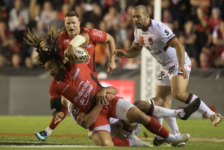 Le RC Toulon de Nonu est tombé chez lui face au LOU (BERTRAND LANGLOIS / AFP)