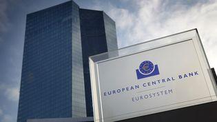 Les locaux de la Banque centrale européenne, à Francfort, en Allemagne. (DANIEL ROLAND / AFP)