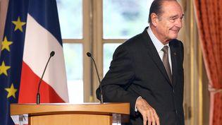 Jacques Chirac fait un discours depuisl'Elysée (Paris), le 19 mars 2007. (PATRICK KOVARIK / POOL / AFP)