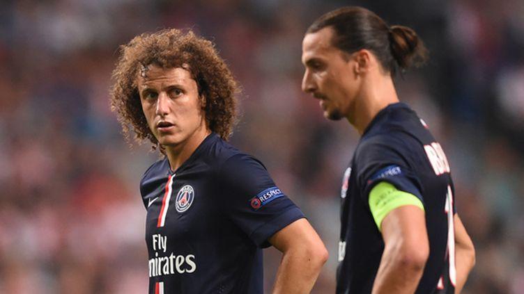 David Luiz et Zlatan Ibrahimovic (PSG) en plein réflexion (EMMANUEL DUNAND / AFP)