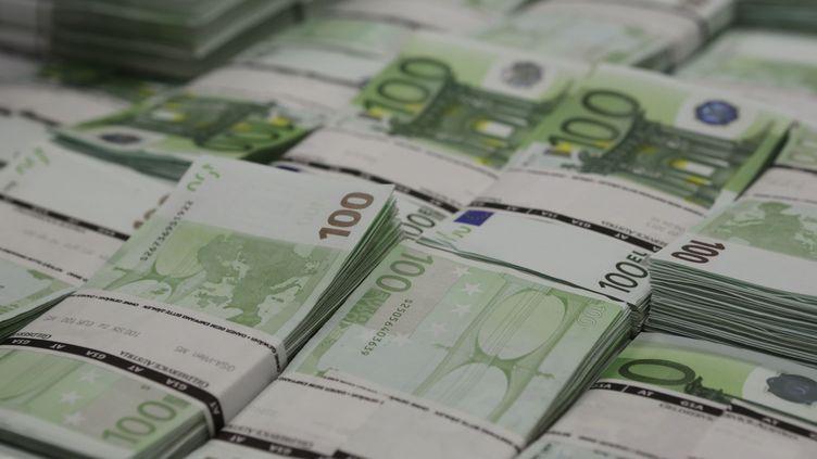 La taxe à 75% s'appliquera les revenus supérieurs à un million d'euros. (LEONHARD FOEGER / REUTERS)