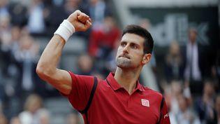 Novak Djokovic lors de la finale de Roland-Garros face à Andy Murray, à Paris, le 5 juin 2016. (THOMAS SAMSON / AFP)