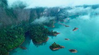 Thaïlande : Khao Sok, un coin de paradis entre jungle et montagne (France 2)