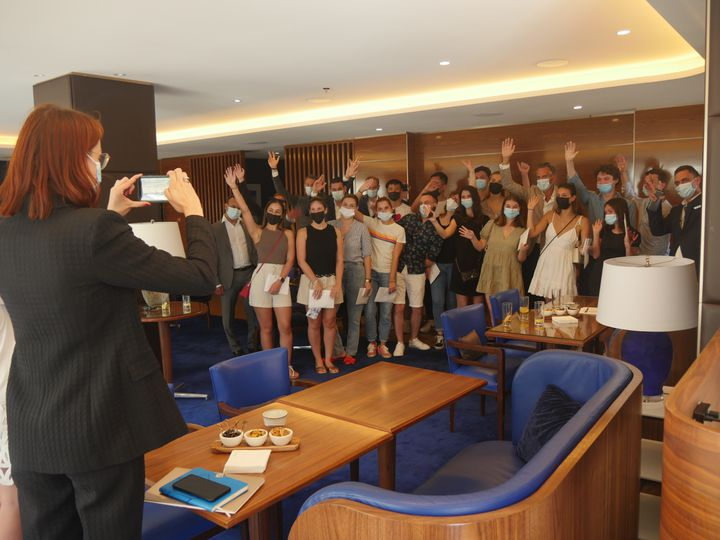 The reinforcement group at the Hotel Martinez, in Cannes, July 5, 2021 (LCA / FRANCEINFO CULTURE)