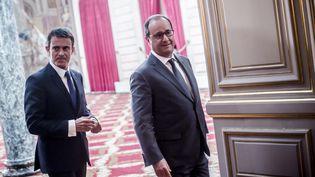 Le Premier ministre, Manuel Valls, et le président de la République, François Hollande, le 7 septembre 2015 à l'Elysée. (MAXPPP)