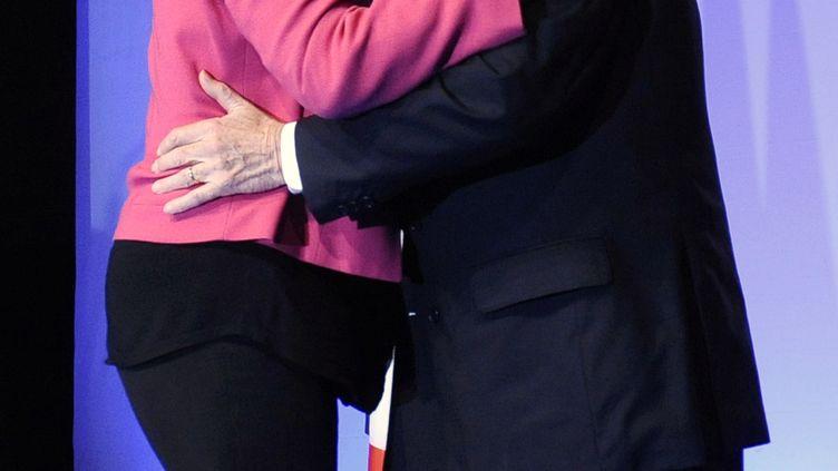 Marine et Jean-Marie Le Pen, le 20 mai 2014 à Marseille(Bouches-du-Rhône). (FRANCK PENNANT / AFP)