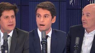 Julien Denormandie (à gauche), Gabriel Attal (au centre) et Roland Lescure (à droite). (FRANCEINFO / RADIO FRANCE)