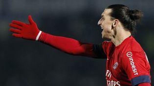 L'attaquant du PSG Zlatan Ibrahimovic lors de la victoire de son équipe face à Bordeaux, le 20 janvier 2013. ( REGIS DUVIGNAU / REUTERS)