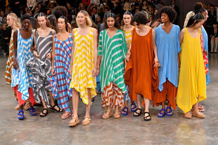 Défilé Issey Miyake prntemps-été 2020, à la Paris Fashion Week, le 27 septembre 2020 (DOMINIQUE MAITRE/WWD/REX/SIPA / SHUTTERSTOCK)