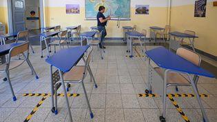 Dans une salle de classe d'une école de Rome, le 4 septembre 2020. (VINCENZO PINTO / AFP)