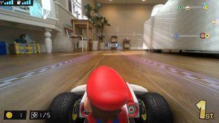 Capture d'écran de la bande annonce officielle de Mario Kart Live : Home Circuit diffusée sur YouTube par Nintendo France le 2 octobre 2020. (FRANCEINFO / RADIOFRANCE)