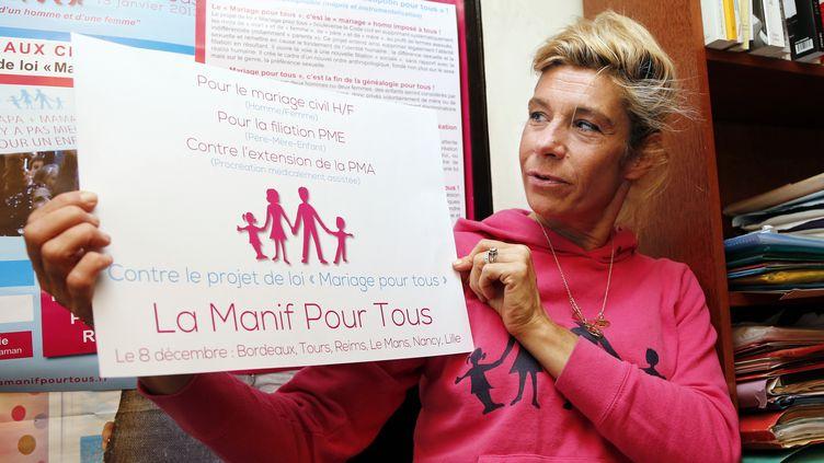 """Frigide Barjot, égérie du mouvement """"la manif pour tous"""", le 13 décembre 2012 à Paris. (FRANCOIS GUILLOT / AFP)"""