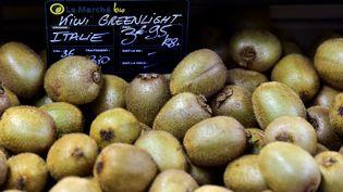 Des kiwis italiens ont été vendus dans l'Hexagone pendant trois ans comme étant d'origine française. (GEORGES GOBET / AFP)