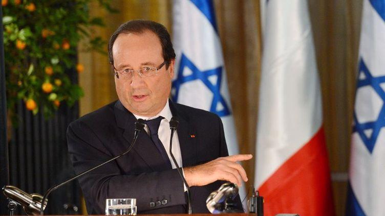 Le président français, François Hollande, en conférence de presse avec le Premier ministre israelien, à Jérusalem, le 17 novembre 2013. (ALAIN JOCARD / AFP)