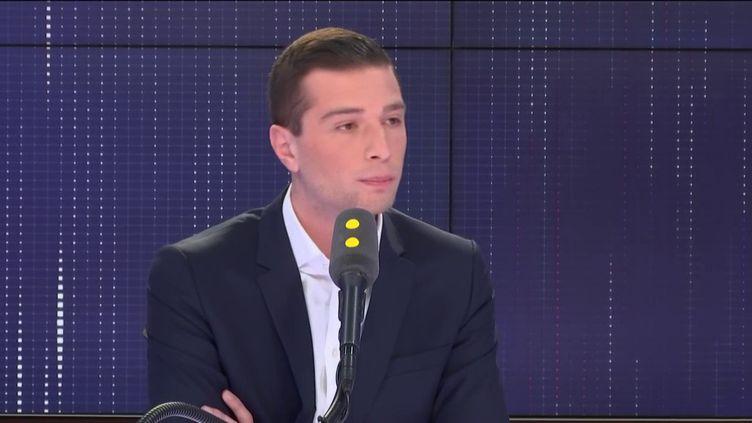 """Jordan Bardella,tête de liste du Rassemblement National aux élections européennes, invité du """"8h30 Cadet-Dély, jeudi 11 avril 2019. (FRANCEINFO / RADIOFRANCE)"""