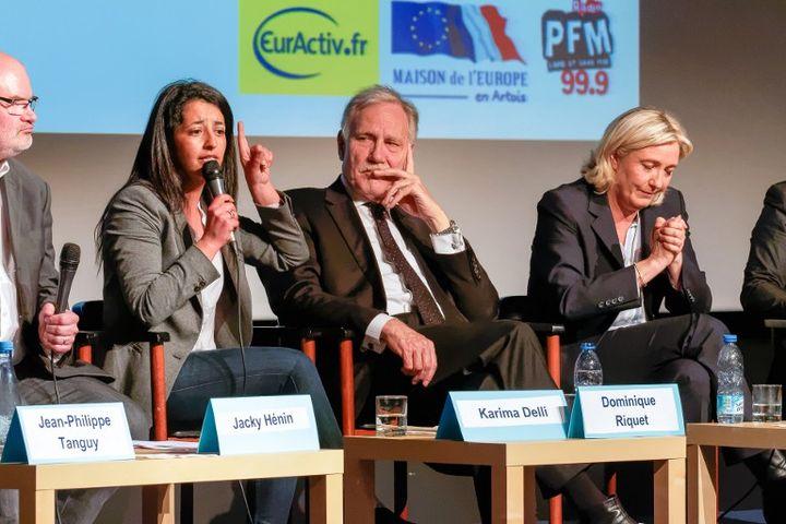 Karima Delli et les autres candidats aux élections européennes dans le Nord-Est débattent à Arras (Pas-de-Calais), le 7 avril 2014. (CITIZENSIDE / EMMANUEL KUTYLA)