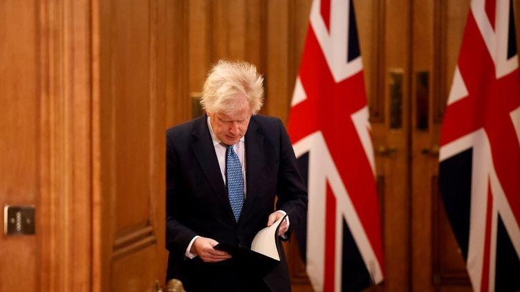 Le Premier ministre britannique, Boris Johnson, à Londres le 21 décembre 2020. (TOLGA AKMEN / AFP)