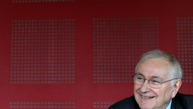 Jacques Cheminade, le 3 avril 2012 à Fessenheim (Haut-Rhin). (FREDERICK FLORIN / AFP)