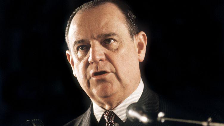 Raymond Barre, le 13 mars 1986, à Lyon. (GERARD MALIE / AFP)