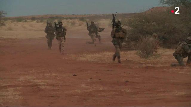 Opération Barkhane : les militaires français ne quitteront pas le Sahel