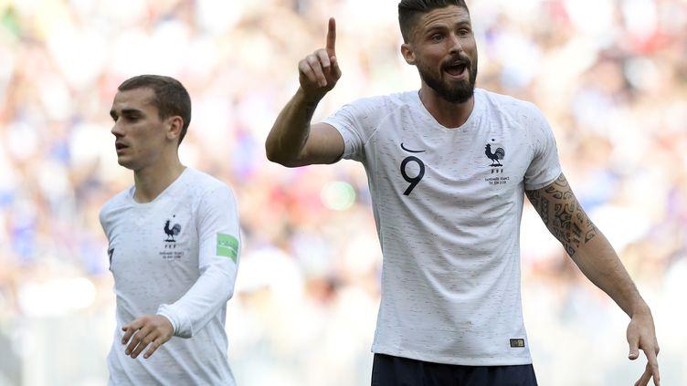 Antoine Griezmann et Olivier Giroud face au Danemark (JUAN MABROMATA / AFP)
