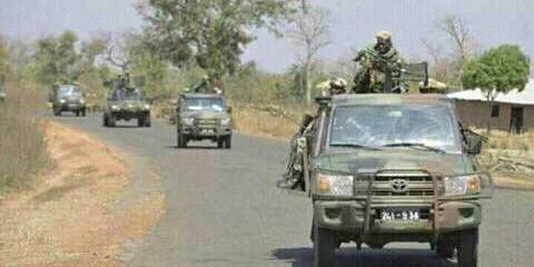 Convoi de l'armée sénégalaise à Nyafrang. (DR/Photo prise par un témoin local)