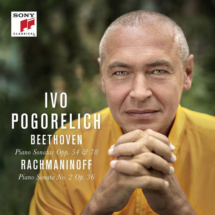 Pochette du disque du pianiste Ivo Pogorelich consacré à Beethoven et Rachmaninoff chez Sony Classical. (SONY CLASSICAL)