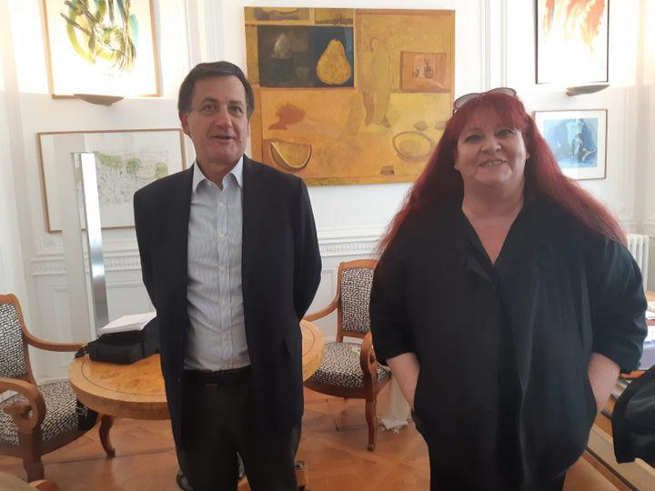 Les avocats Didier Seban et Corinne Hermann dans leur cabinet à Paris. (DELPHINE GOTCHAUX / RADIO FRANCE)