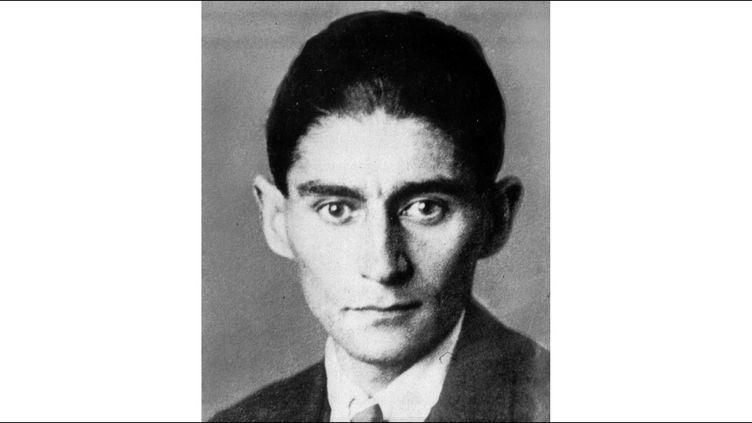 """Franz Kafka, écrivain tchécoslovaque (1883 - 1924), auteur notamment des romans """"La métamorphose"""", """"Le procès"""" et """"Le château"""".  (Anonymous/AP/SIPA)"""