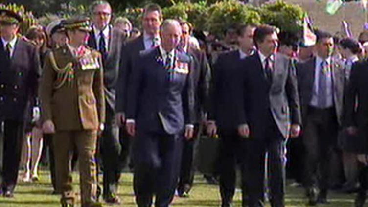 Le prince Charles et François Fillon à Bayeux le 6 juin 2009 (© France 2)
