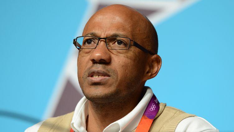 L'ancien athlète Frankie Fredericks, à Londres, le 29 juillet 2012. (FINDLAY KEMBER / AFP)