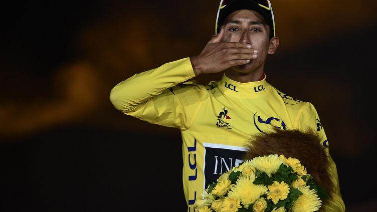 Egan Bernal remporte la 106e édition du Tour de France et devient ainsi le premier Colombien a être sacré sur la Grande Boucle (ANNE-CHRISTINE POUJOULAT / AFP)