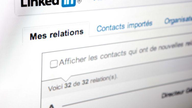 LinkedIn a indiqué le 6 juin 2012 qu'il enquêtait sur un possible vol de données à la suite d'informations selon lesquelles plus de 6,4 millions de mots de passe vers son site auraient été dérobés. (LOU WEE / SIPA)