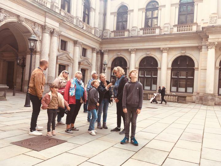 Devant la bourse historique d'Hambourg. (INGRID POHU / RADIO FRANCE)