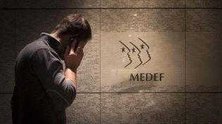 (Difficiles négociations au siège du Medef, sur les retraites complémentaires © xavier de torres/MAXPPP)