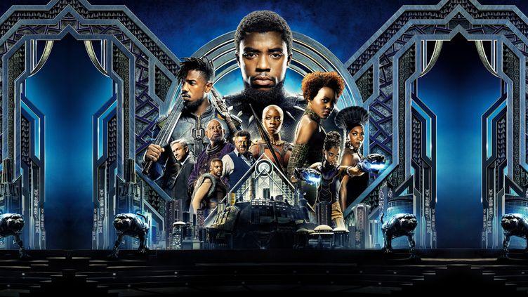 """Une affiche du film """"Black Panther"""" qui sort sur les écrans en France, mercredi 14 février. (MARVEL STUDIOS / WALT DISNEY PIC / AFP)"""