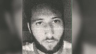 Photo non-datée, diffusée par l'Unité de coordination de la lutte antiterroriste (Uclat),sur laquelle figure Abdel Malik Petitjean, identifié le 28 juillet 2016 comme étant l'un des deux terroristes auteurs de l'attaque de l'église de Saint-Etienne-du-Rouvray (Seine-Maritime) deux jours plus tôt. (CAPTURE D'ECRAN)