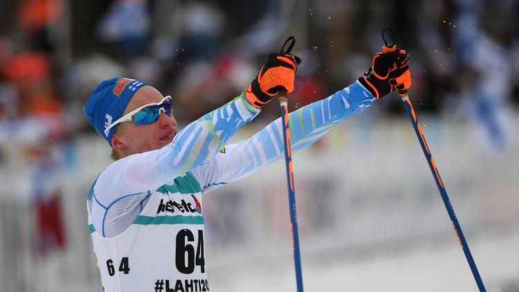 Livo Niskanen l'emporte facilement et largement devant son public. (HENDRIK SCHMIDT / DPA)