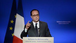 François Hollande à l'Hôtel de LassayàParis, le 6 octobre 2016. (STEPHANE DE SAKUTIN / AFP)
