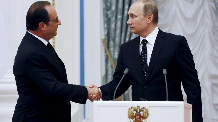 Le président français, François Hollande, et son homologue russe, Vladimir Poutine, le 26 novembre 2015 à Moscou. (REUTERS)