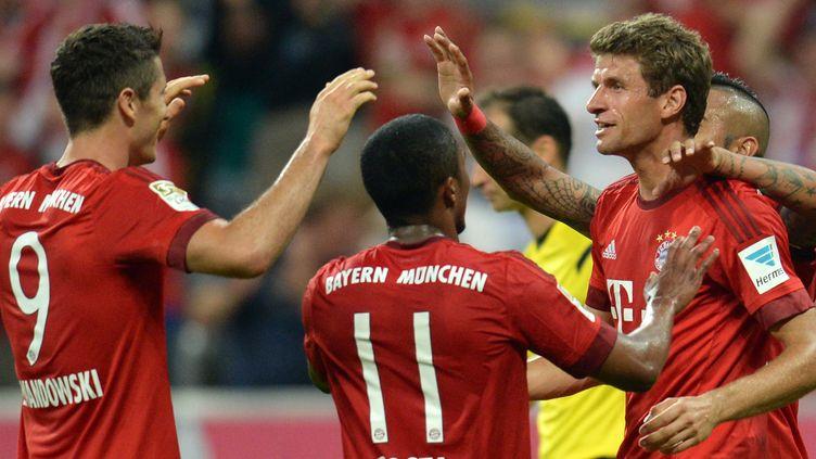 Müller, Lewandowski et Costa ont inscrit quatre des cinq buts bavarois de la soirée (SVEN HOPPE / DPA)