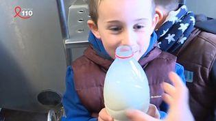Distribution gratuite de lait (FRANCE 3)