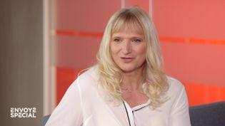 """Envoyé spécial. Sandra Forgues : """"La transidentité n'est pas une lubie : elle est ancrée depuis la naissance"""" (ENVOYÉ SPÉCIAL  / FRANCE 2)"""