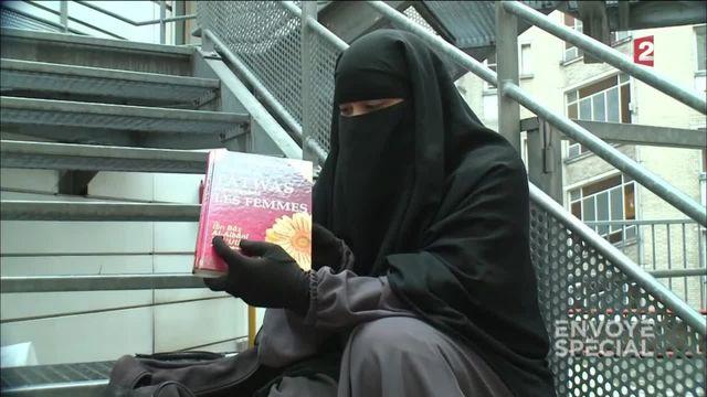 Envoyé spécial. Génération salafiste