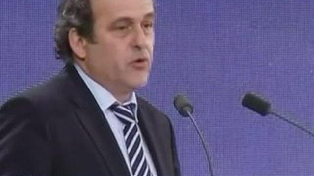Michel Platini se lance dans la course à la présidence de la Fifa