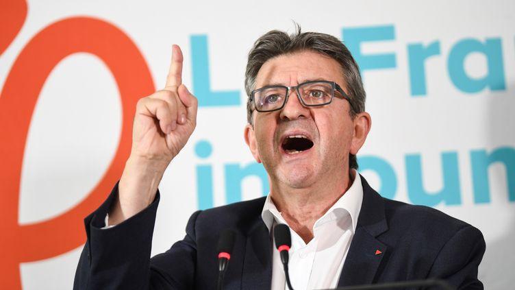 Le leader de La France insoumise, Jean-Luc Mélenchon, lors d'une conférence de presse à Paris, le 19 octobre 2018. (ERIC FEFERBERG / AFP)