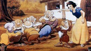 Blanche-Neige et les sept Nains, réalisé par David Hand pour les sutios Disney en 1937  (Da)