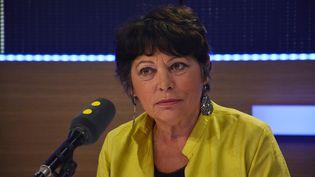 Michèle Rivasi, eurodéputée EELV et candidate à la primaire de l'écologie, sur franceinfo le 1er novembre 2016 (Jean-Christophe Bourdillat / Radio France)