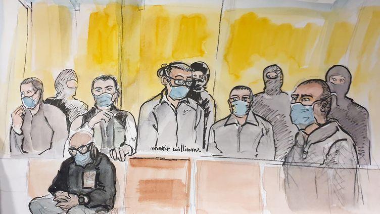 Ce croquis réalisé lors de l'annonce du verdict au procès des attentats de janvier 2015, mercredi 16 décembre 2020, représente notammentAli Riza Polat (au centre), condamné à 30 ans de réclusion criminelle. (MARIE WILLIAMS / AFP)
